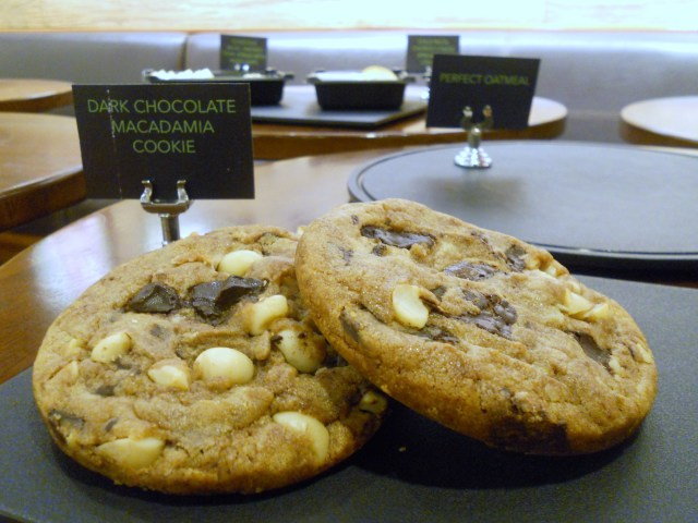 Starbucks Dark Chocolate Macadamia Cookie